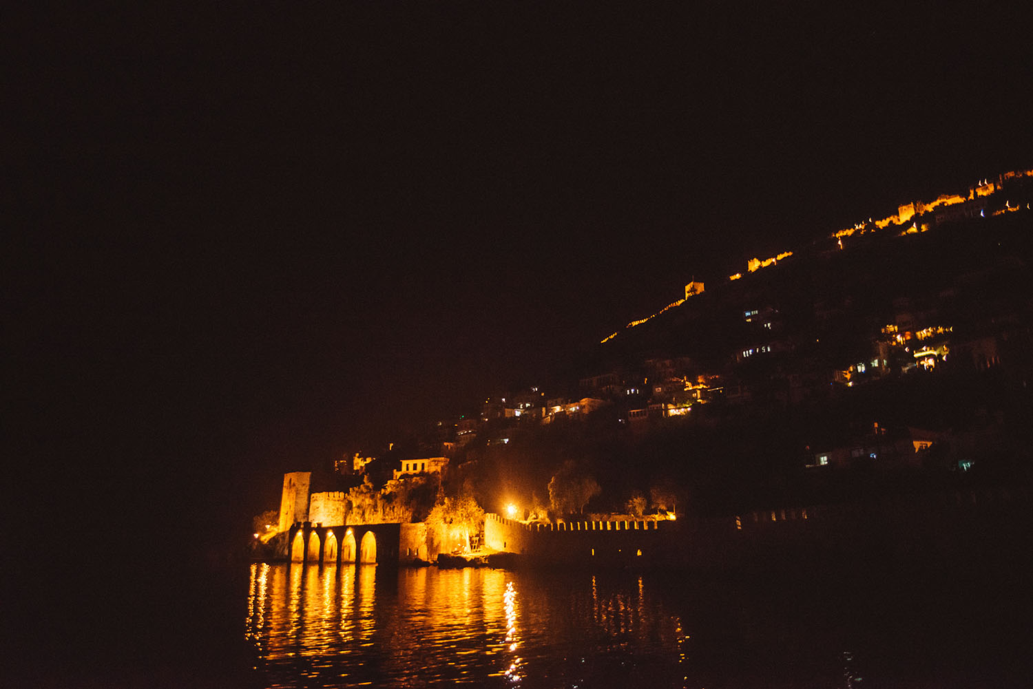 Alanya Castle (Alanya Kalesi) by night