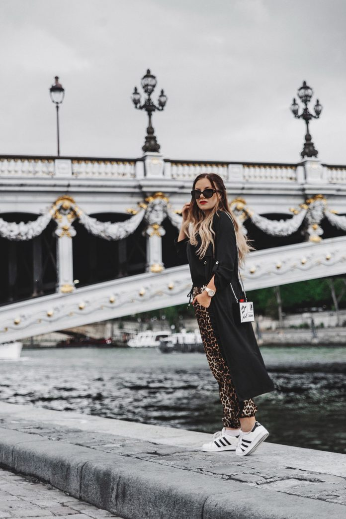 Travel in Style Outfit with Leopard Pants, Black Cardigan & Karl Lagerfeld Clutch