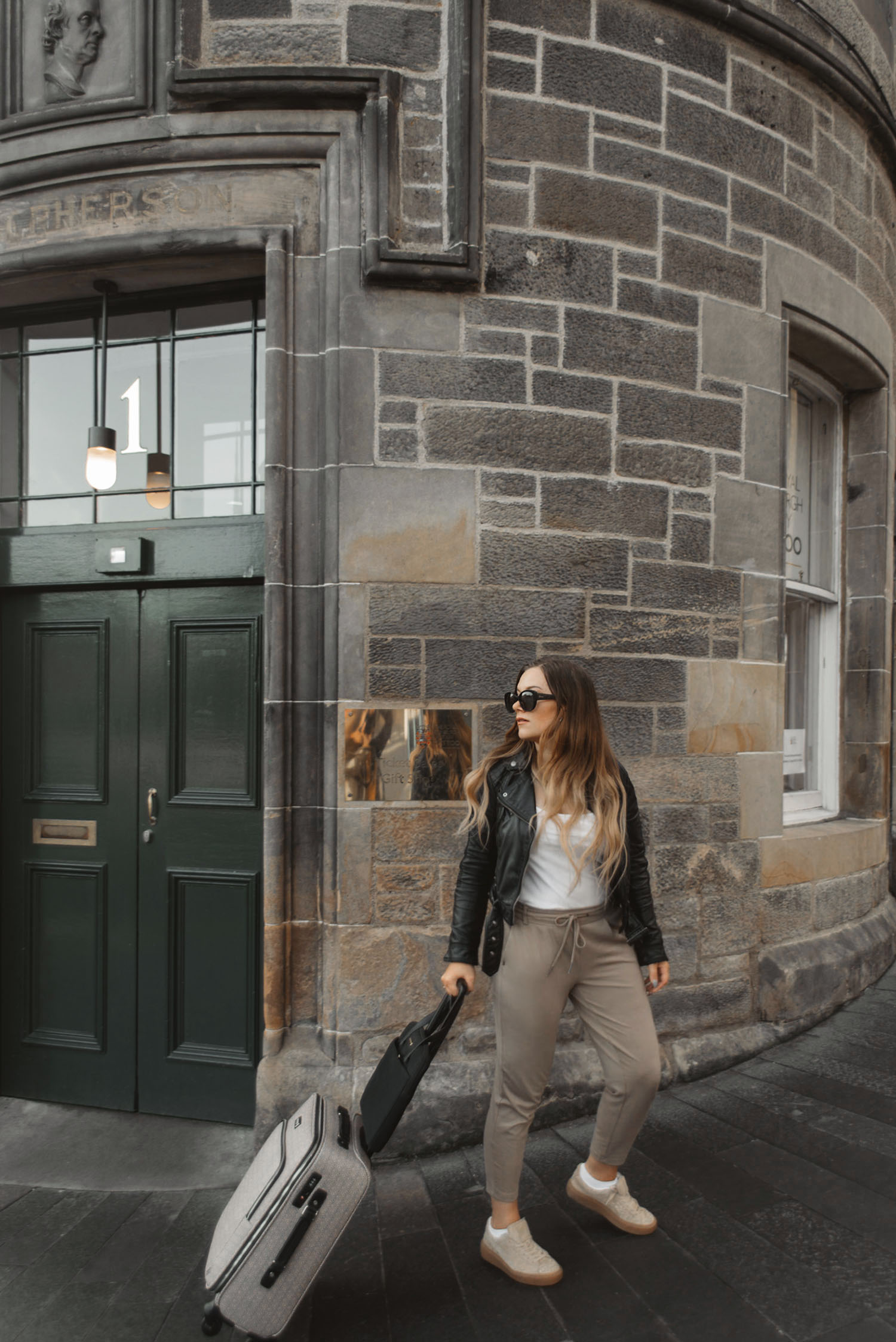 Travel Outfit Ideas: How to Travel in Style