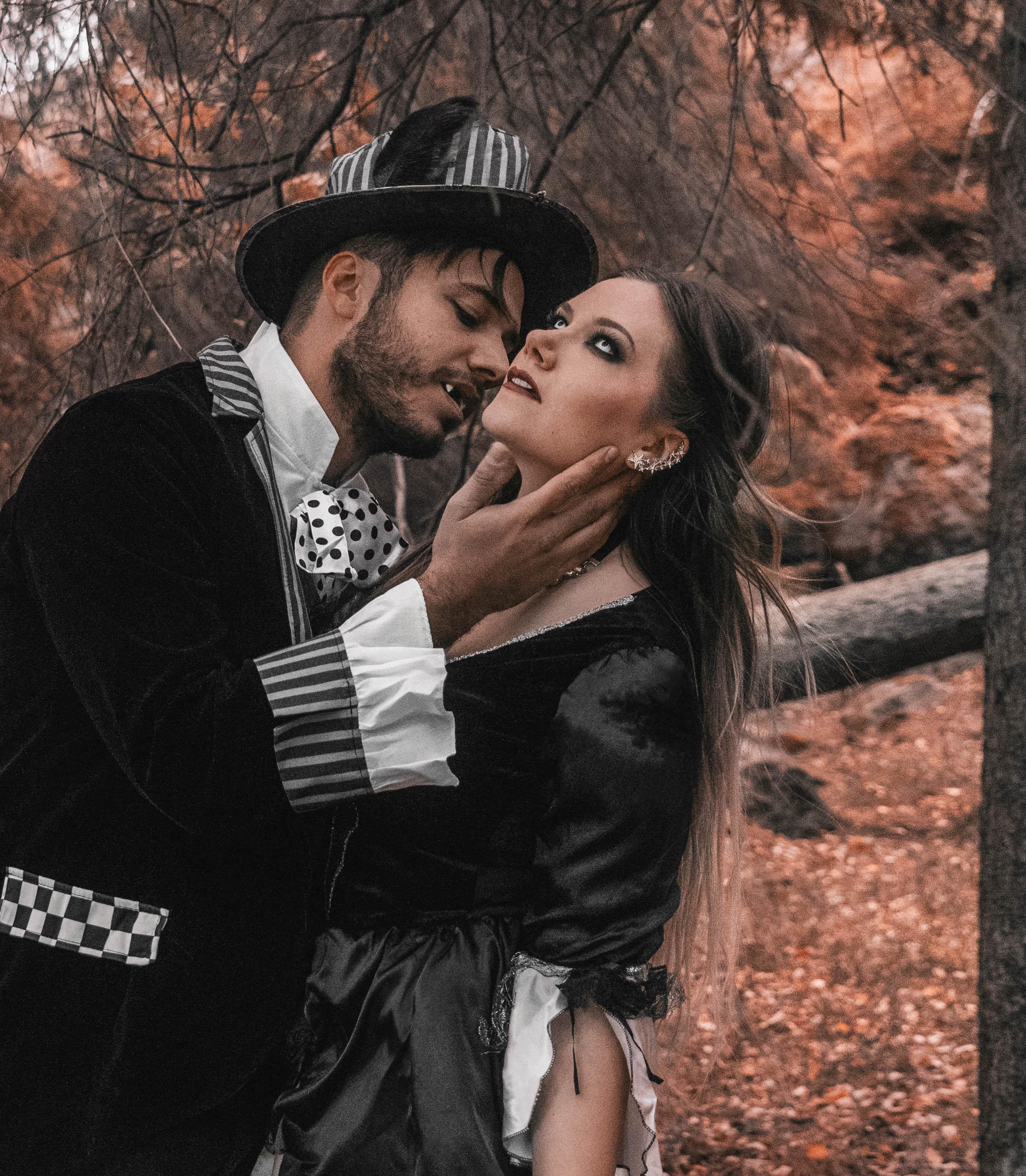 Simon & Ida som Vampyrer - Maskeradkläder för par till Halloween
