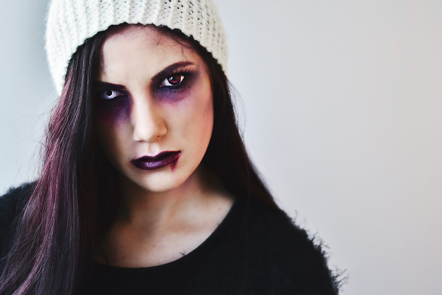 Lost & Haunted Girl Makeup - Easy Halloween Makeup Ideas