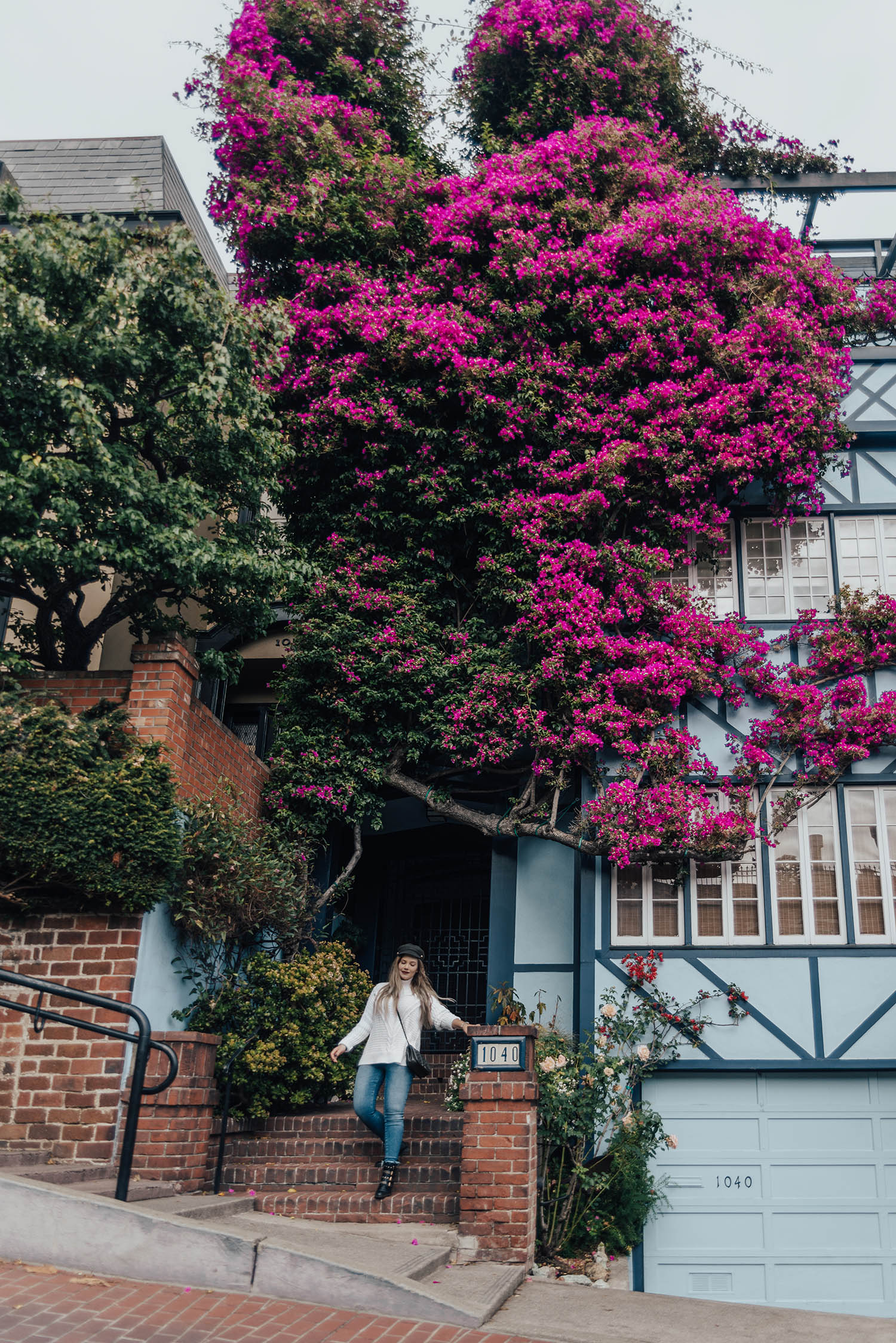 Adaras Cozy Fall Outfit - San Francisco Lombard Street