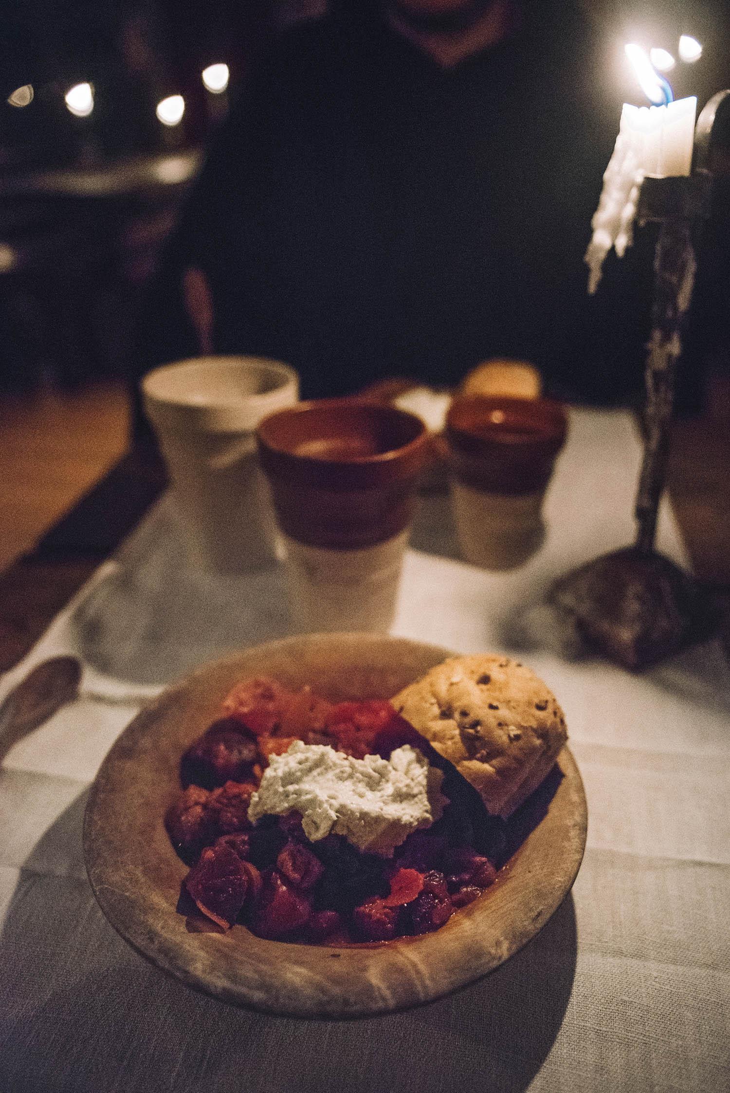 Medieval food at Kapitelhusgården in Visby
