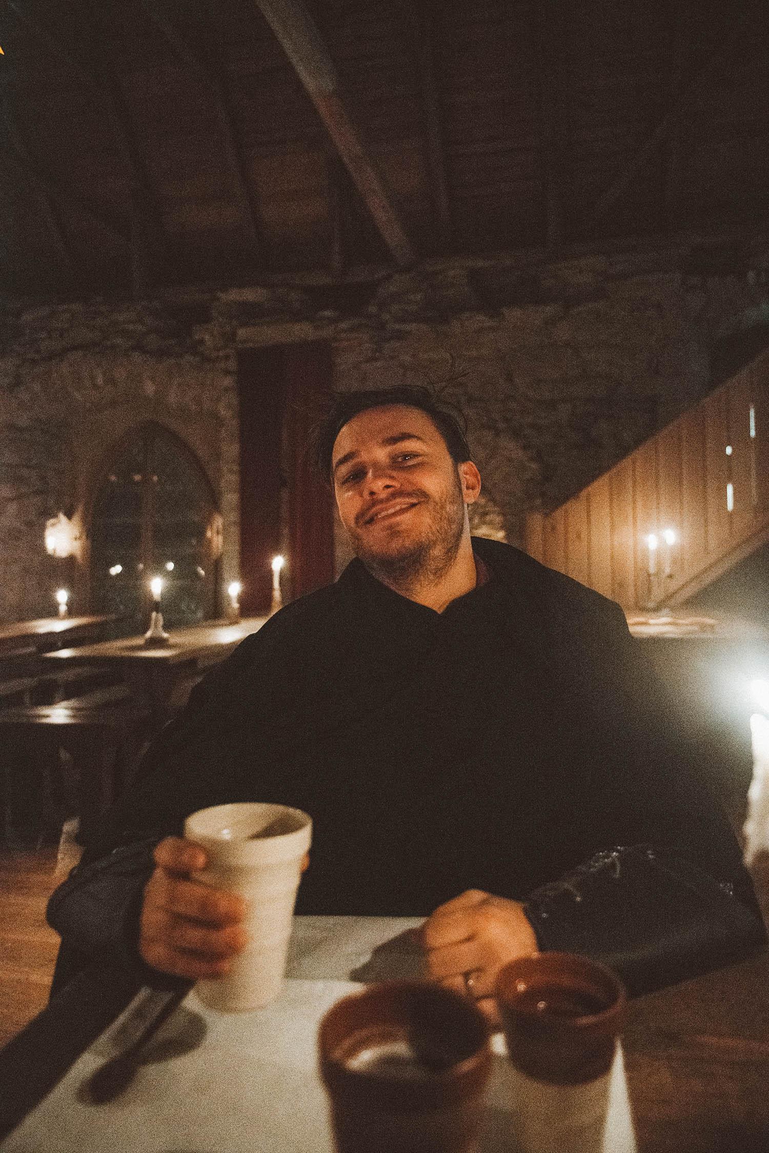 Simon Eriksson - Medieval dinner at Kapitelhusgården