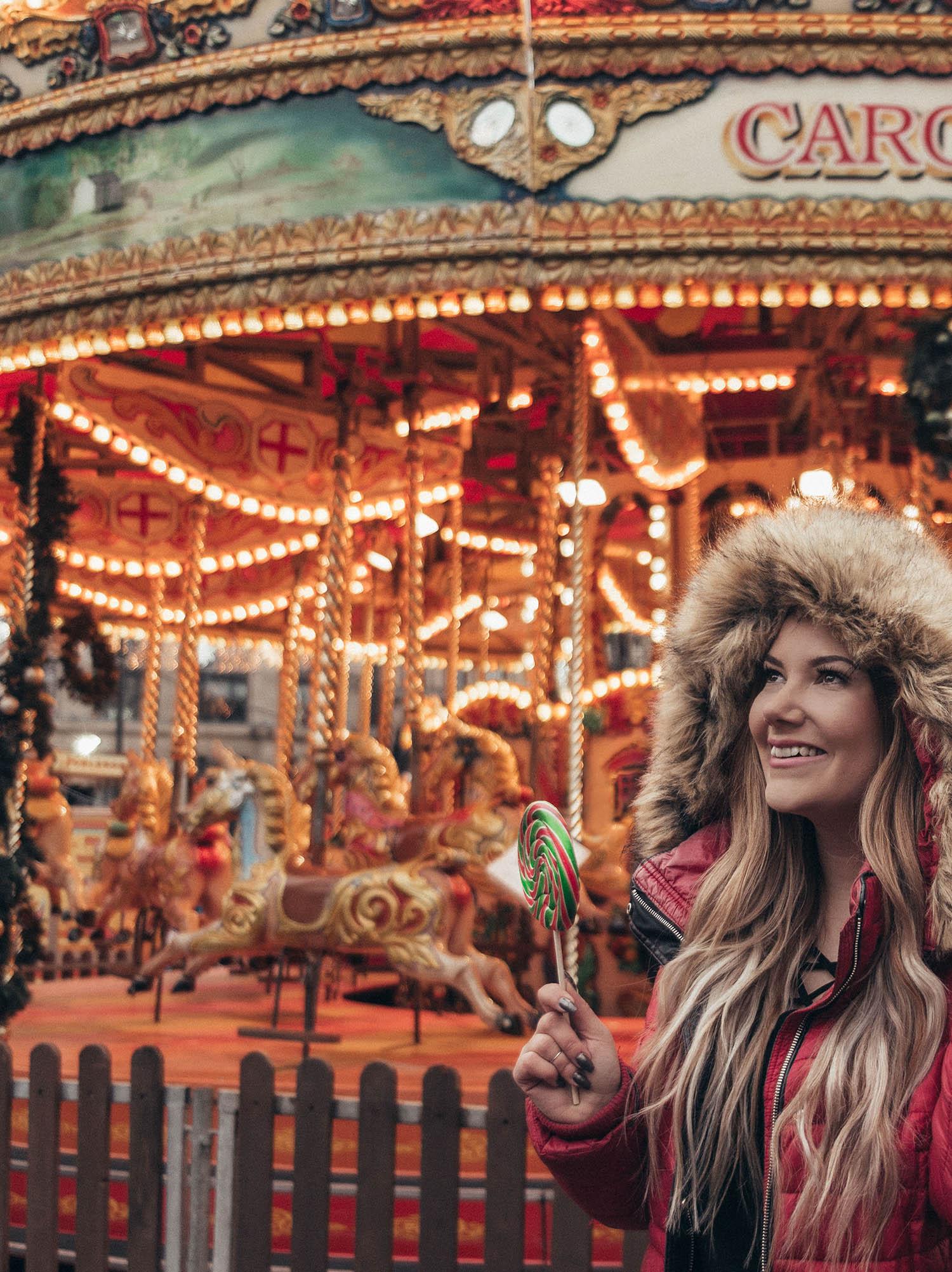 Adaras på en julmarknad i Glasgow - Guide: Instagramvänliga vinterjackor