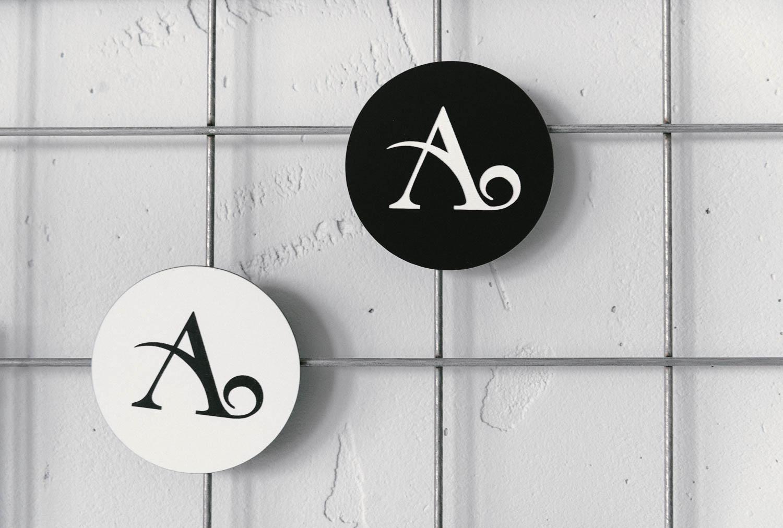 ADARAS Egendesignade magneter från Skyltmax.se