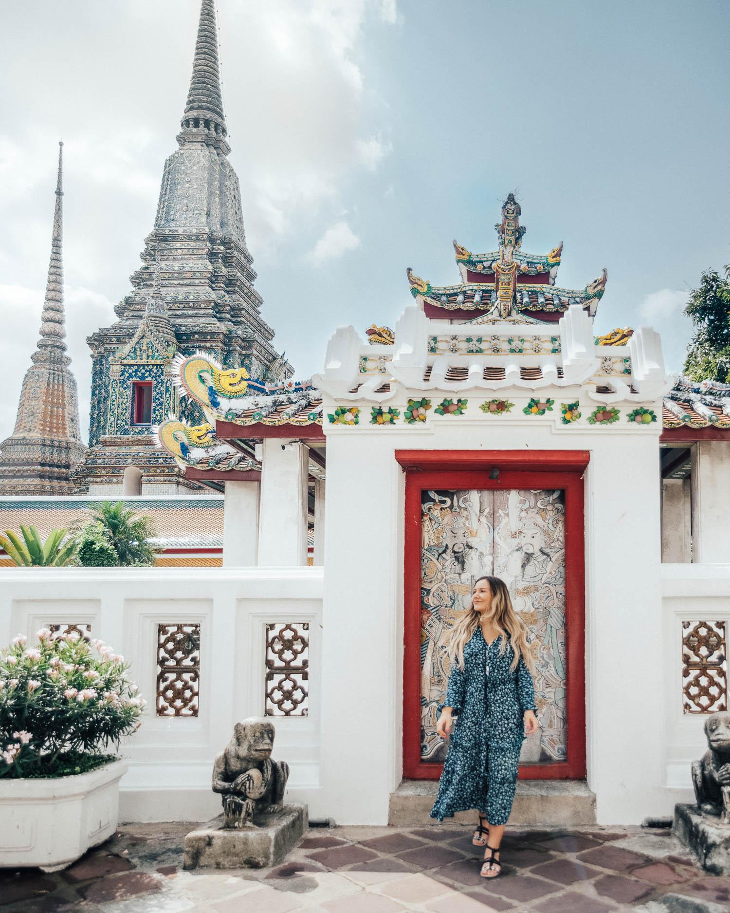 Tips på Outfits i Thailand |Maxiklänning i templet Wat Pho
