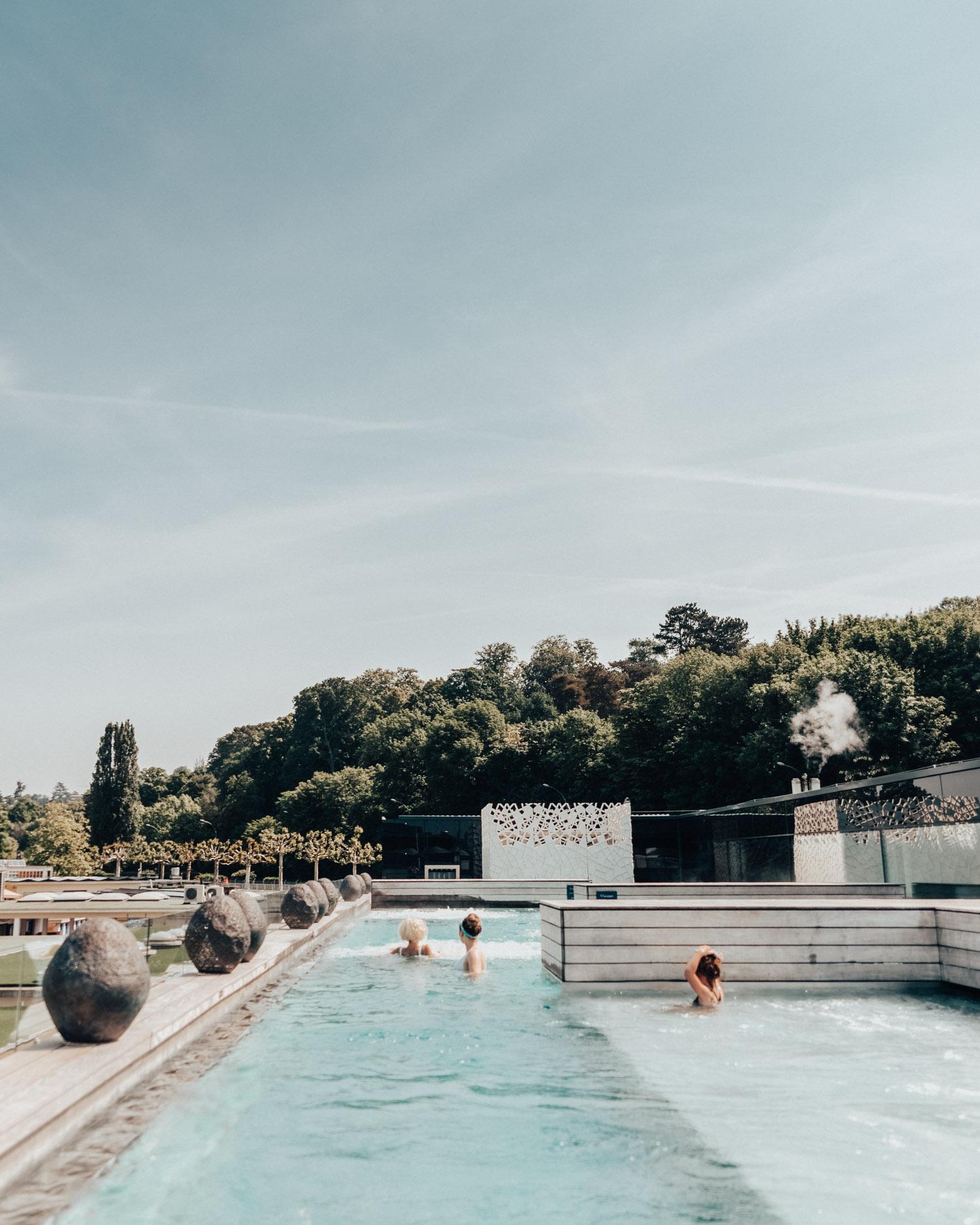 Bain-Bleu Hammam & Spa Genève-Plage - Outdoor pool