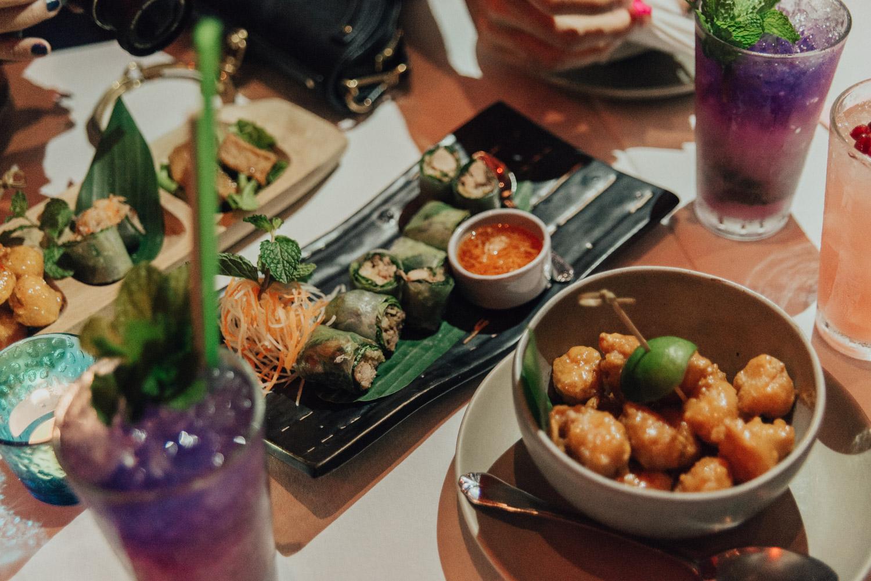 Amazing Food at Namsaah Bottling Trust in Bangkok, Thailand