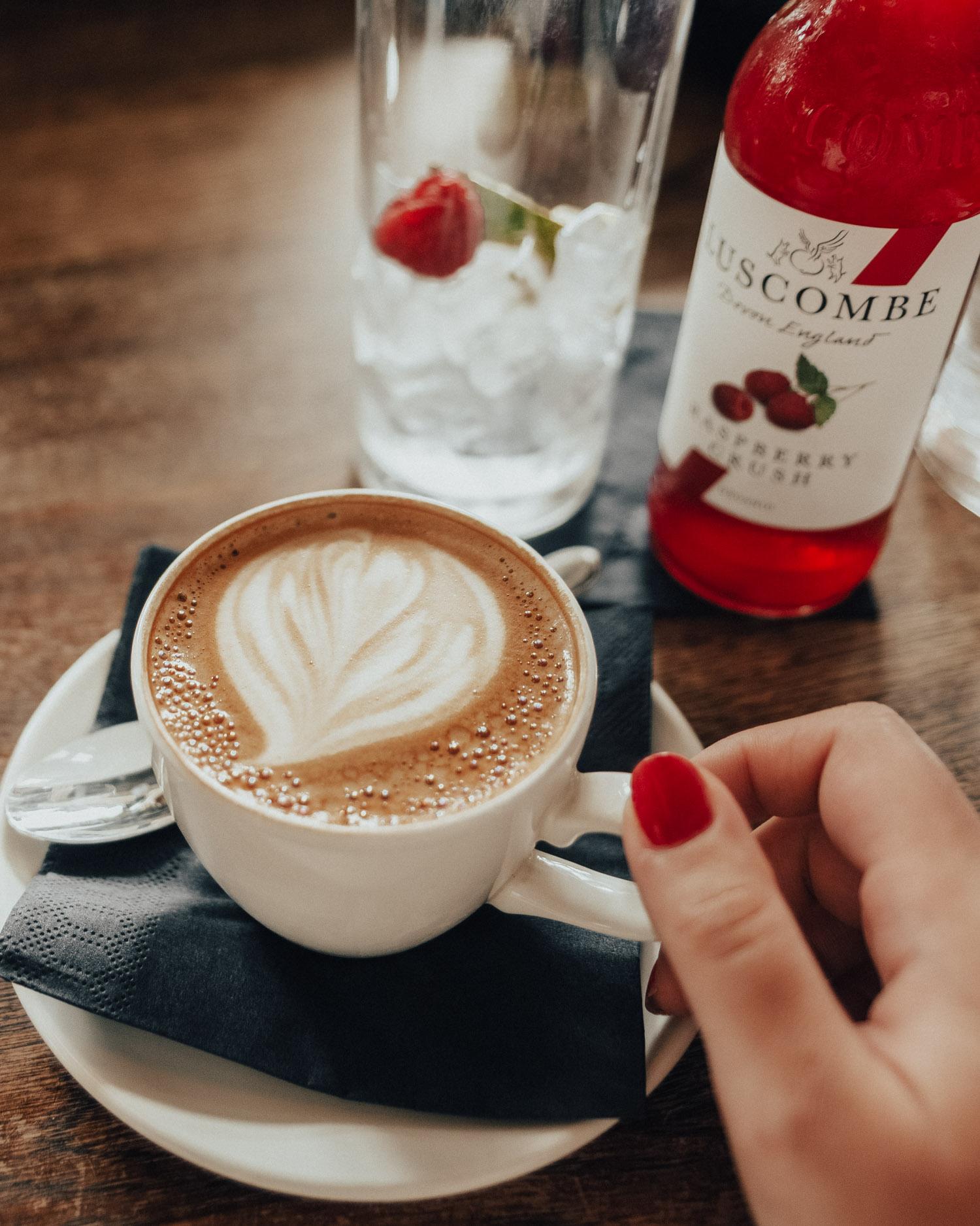 Caffe Latte at Framptons Cafe Bar & Kitchen