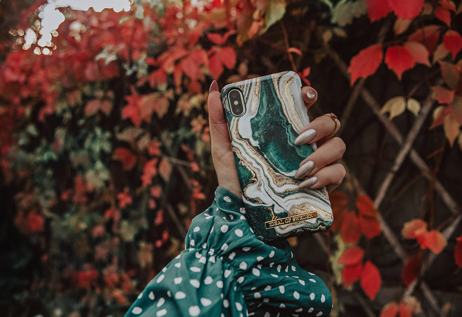 The Hottest Phone Cases this Fall | Golden Jade Marmor from Ideal of Sweden