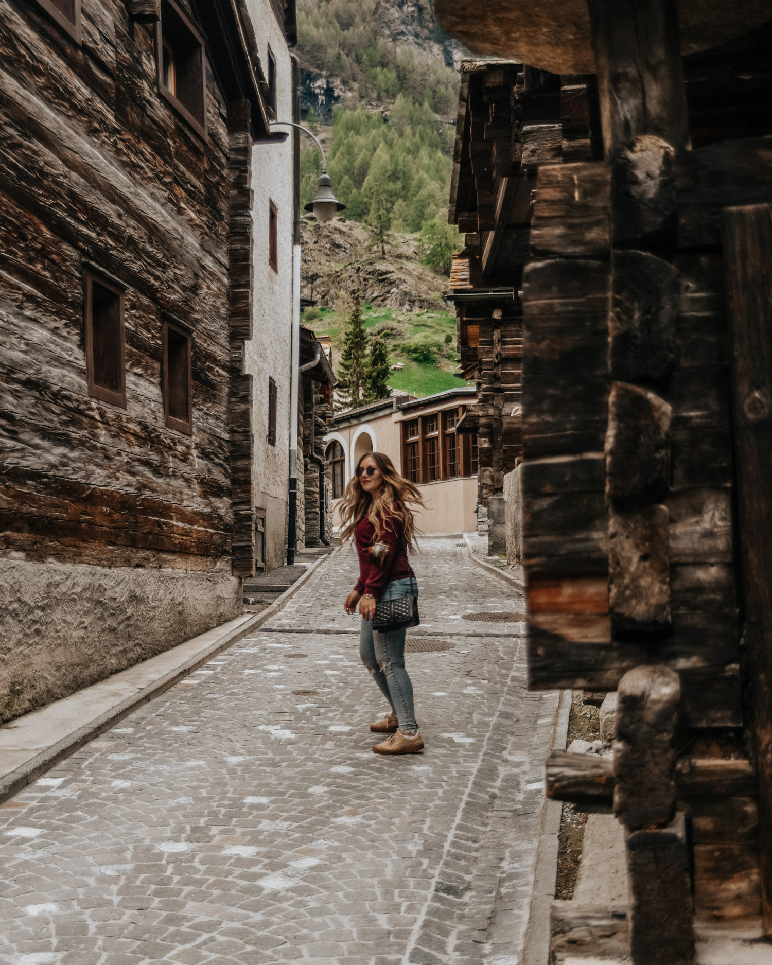 Things to do in Zermatt - Stroll through the old town