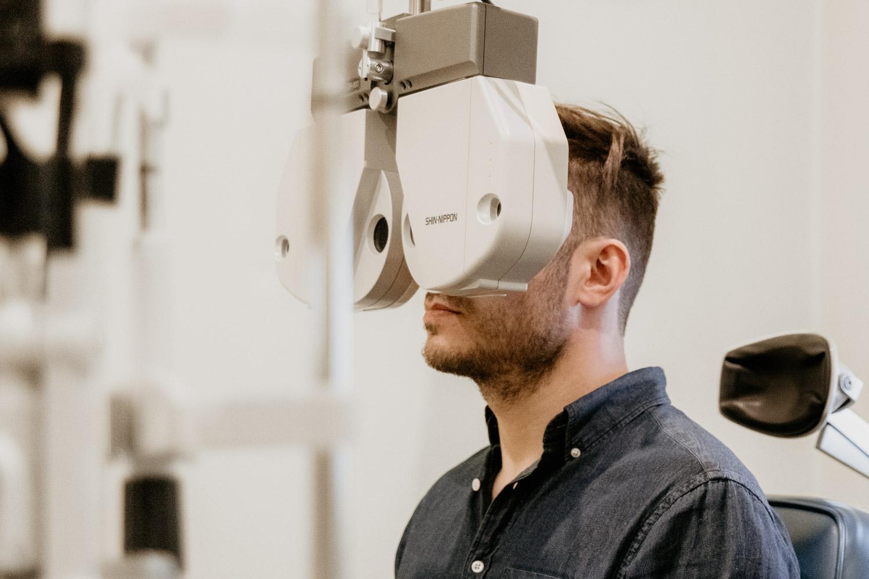 Ögonundersökning inför linsimplantat