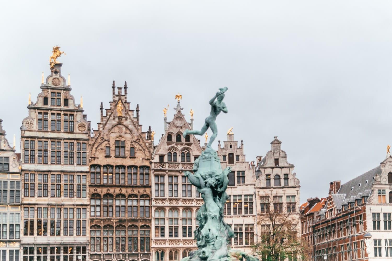 Centrala stadstorget Grote Markt |Saker att göra i Antwerpen, Belgien