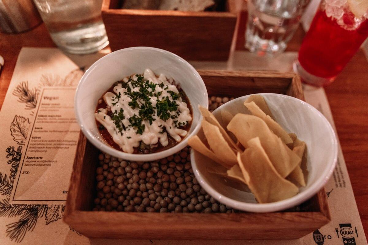 Gro Stallbackens majschips med bönchili